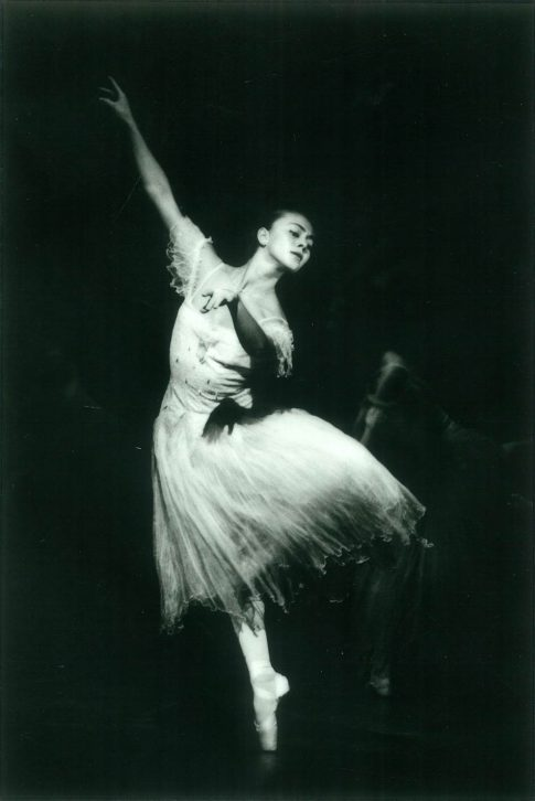 An English National Ballet dancer performing Giselle