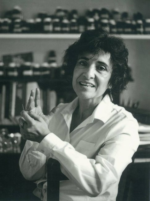 The Acupunturist Hilda Deas