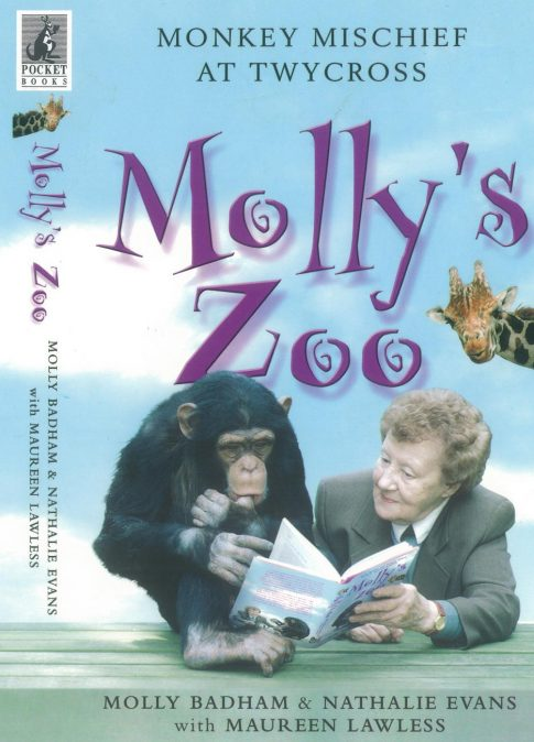 Book cover of Molly's Zoo